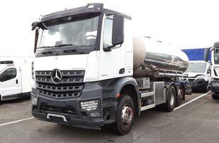 MERCEDES-BENZ  MERCEDES BENZ - AROCS 2545NLG 6X2/4 CICTERNA  camión cisterna