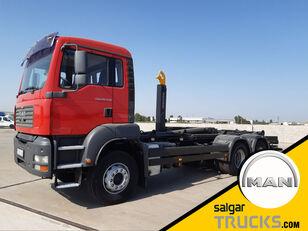 MAN TGA 26.430- camión con gancho