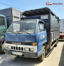 BEDFORD NKR 575/60 camión para transporte de ganado