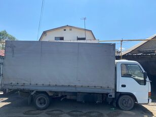 ISUZU NkR55 camión toldo
